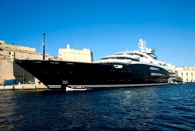 Yuri Scheffler's super yacht Serene, a 440 foot-long personal yacht of the Russian vodka titan, was chartered by Bill Gates and his family for $5 million a week. Oddly enough, Yuri is worth a total of $1.2 billion while Bill Gates has an estimated net worth of $76 billion.