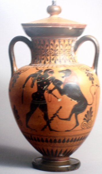 Black Figures Amphora Greece, circa 520 BC Ceramic Attributed to the Antimenes Painter (2nd half of the 6th century BC)